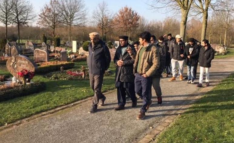 Friedhofsbesuch-Münster