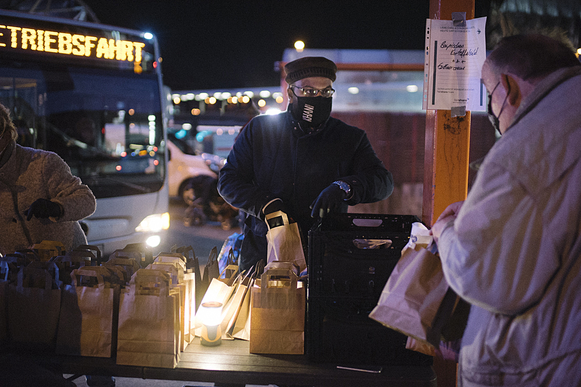 ahmadiyya_obdachlosenspeisung